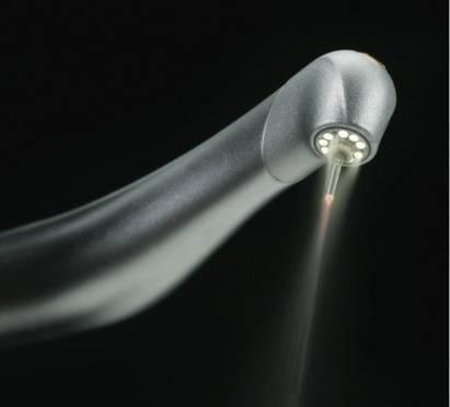 Traitements parodontaux par laser au Cabinet d'Implantologie de Marseille